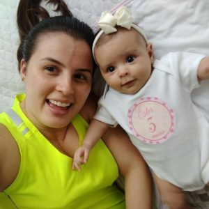 Viviane Beling, madre de Ester de 8 meses