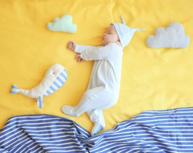 ¿Cuándo el bebé empieza a dormir toda la noche?
